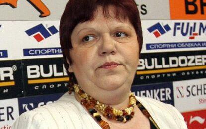 Фирма на два дни купува медиите на Ирена Кръстева