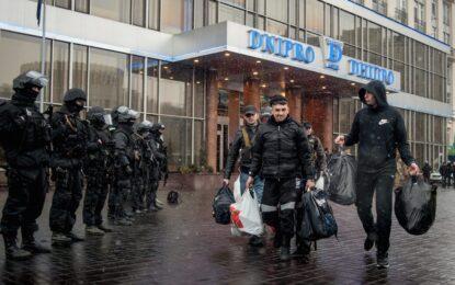 "Активист на ""Десен сектор"" рани трима в Киев"