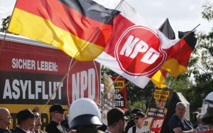 Берлин спря марш на националистите