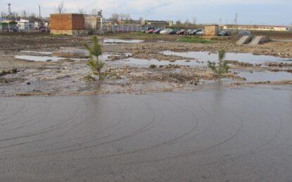 Обилните валежи предизвикаха наводнения в страната