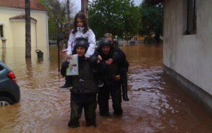 След 30 жертви и 20 000 евакуирани, Сърбия се готви за нов потоп