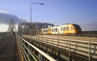 Холандските влакове ще се задвижват само с вятър от 2018 г.