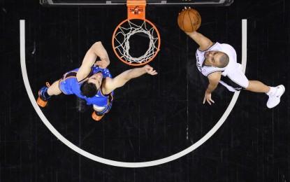 """НБА плейофи: """"Спърс"""" прегазиха """"Тъндър"""" в Тексас"""