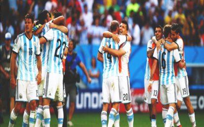 """""""Червените дяволи"""" не спряха хода на Аржентина към титлата"""