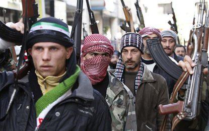 """Не е само """"Ислямска държава"""". В Сирия се бият 100 000 джихадисти"""