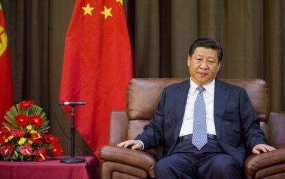 """Китай започна битка и с """"тигрите, и с мухите"""""""