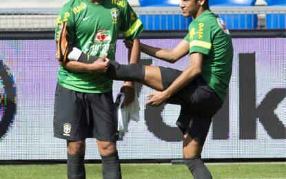 Бразилия ще опита да върне Тиаго Силва за полуфинала