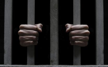 Затворник печели избори срещу шеф на затвор