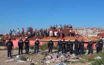 Стара Загора руши незаконнo ромско гето
