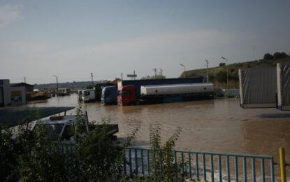 Няма втора жертва в Мизия, водата спада с 50-60 см