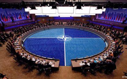 България временно отлага вноската в НАТО