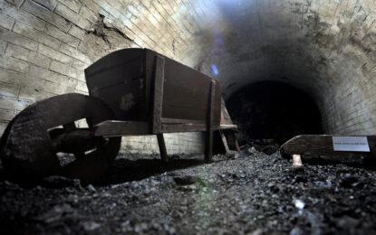 Перник иска затвор за незаконния въгледобив, напукал къщи