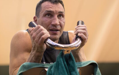 Мачът за титлата между Пулев и Кличко се отлага