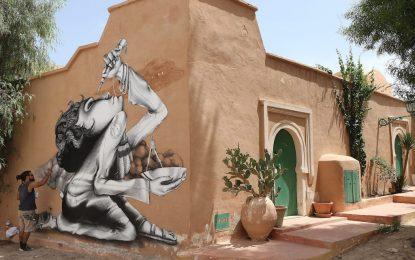 150 артисти преобразиха остров в Тунис