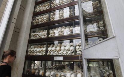 Двама кхмери осъдени за убийството на 2 милиона