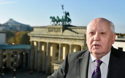 25 години по-късно Горбачов вижда нова Студена война