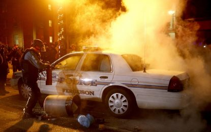 Вълнения в 37 американски щата заради Фъргюсън