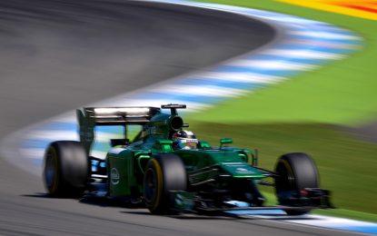 Закъсал отбор от Формула 1 потърси помощ от феновете