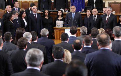 Нов закон за МВР, коледни добавки – обетът на министрите