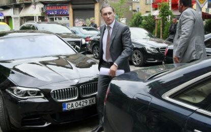 Домусчиев иска България да разреши добива на шистов газ