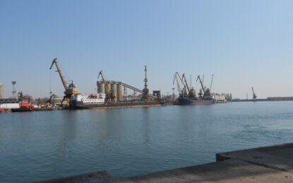Домусчиев откри терминал за втечнен газ в Бургас