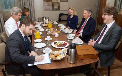 Кери и Хамънд закусиха заедно в София