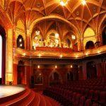 Национално кино Урания, Будапеща, Унгария. Снимка: BoredPanda