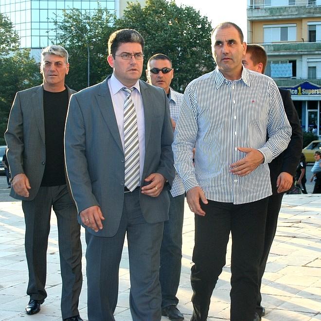 Кметът на Раднево Юлиян Илчев беше подкрепен от Цветан Цветанов за вота.