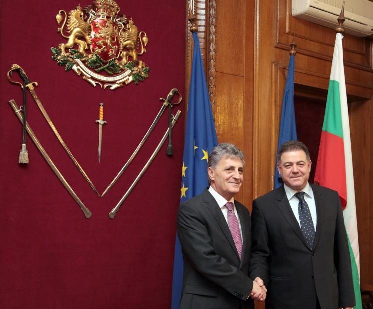 Мирча Душа и Николай Ненчев. Снимка: Министерство на отбраната
