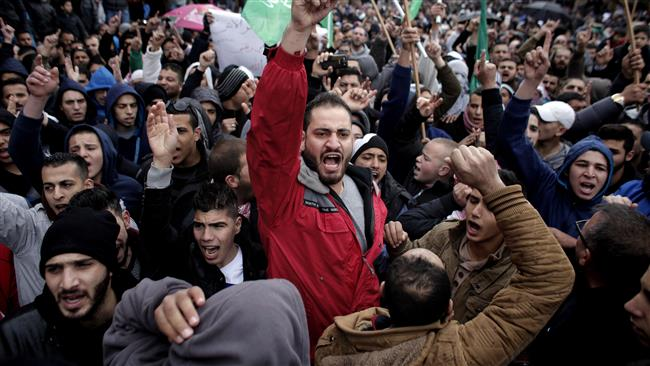 Протести в Палестина срещу карикатурите на пророка Мохамед.
