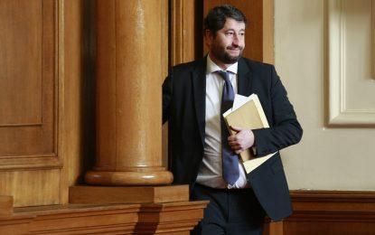 """Министър Христо Иванов отговори на """"тройката"""""""