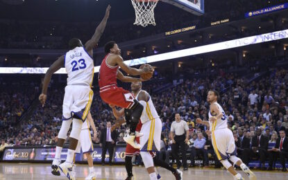 """Избрано от НБА: Роуз прекрати победната серия на """"Уориърс"""""""