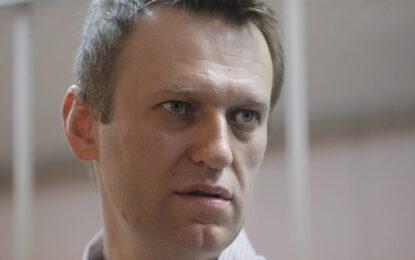 Навални отхвърли домашния арест