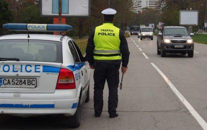 Катаджиите – с таблети, охранители на МВР – с камери