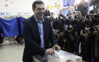 В Гърция се провеждат предсрочни избори за парламент
