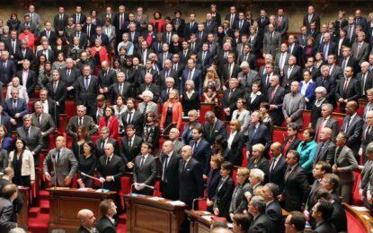 Терорът втвърди Франция във войната срещу ислямистите