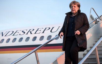 Обама и Меркел обсъждат украинския конфликт