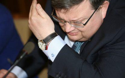 Цацаров възрази на Борисов за подслушване на адвокат-клиент