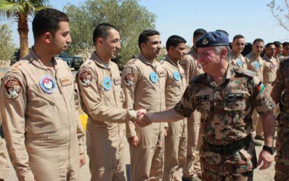 Кралят-пилот, новото лице на борбата с джихада