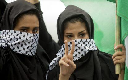 Как Иран пусна феминисткия дух от бутилката