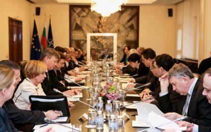 България и САЩ с 4 работни групи