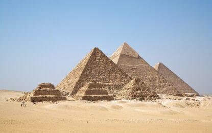 Ислямски духовник зове за разрушаване на пирамидите