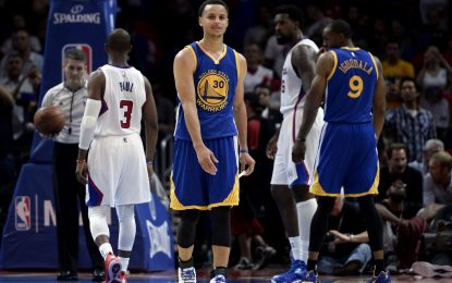 """Избрано от НБА: Къри и Томпсън надделяха над """"Клипърс"""" в Лос Анджелис"""