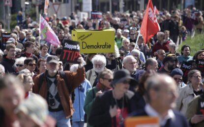 Хиляди европейци протестираха срещу ТТИП