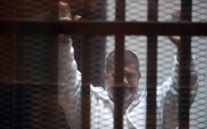 Съдът в Египет прати Морси на бесилото