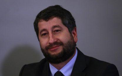 Лъжа е, че Христо Иванов е лобирал срещу България