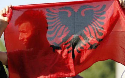 Косовари държат четирима заложници в македонско РПУ