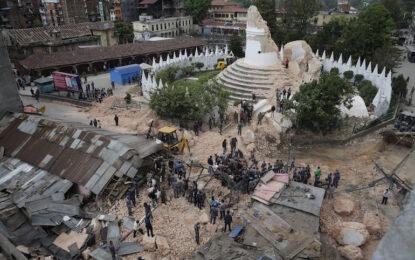 Непал погреба надеждите за още оцелели