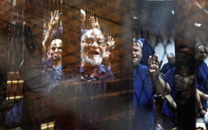 "Египет пак осъди лидера на ""Мюсюлмански братя"" на смърт"