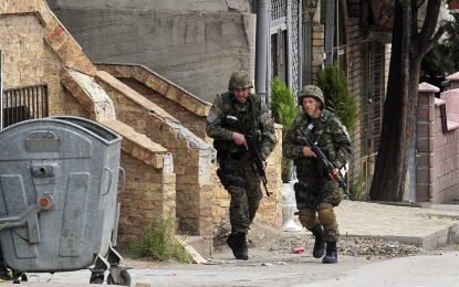 Стрелбата по улиците на Куманово продължава